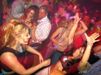 80er DJ Berlin Brandenburg Mecklenburg-Vorpommern Sachsen Sachsen-Anhalt Niedersachsen Hochzeit Geburtstag Silberhochzeit Firmenfeier Silvester Abiball Jugendweihe Schuetzenfest Karneval Schlager ü30 ü40 ü50 80er 90er